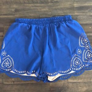 Dress up or down summer shorts !